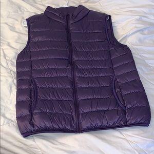 Uni Qlo Puffer Vest